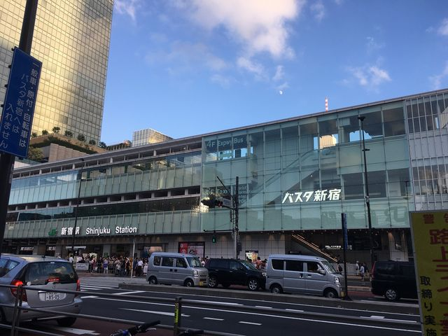 バスタ新宿_バスタ新宿