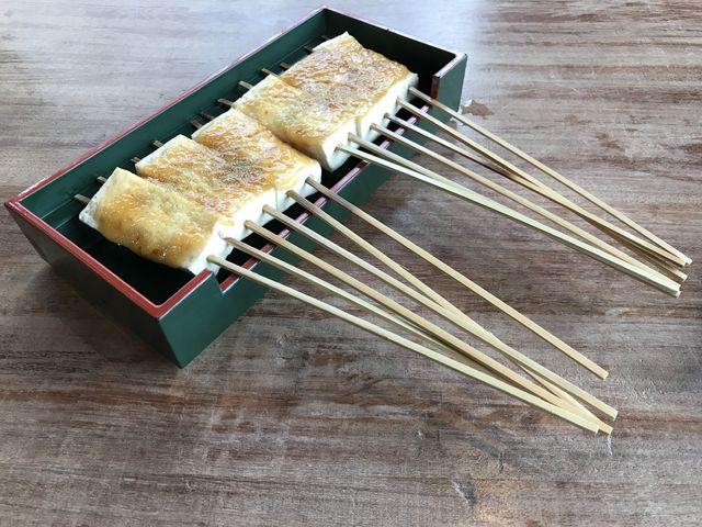 豆腐田楽です。山椒がピリッと効いて美味。_大久保茶屋