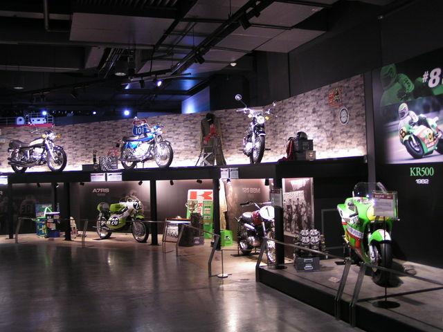 カワサキのバイク展示_神戸海洋博物館