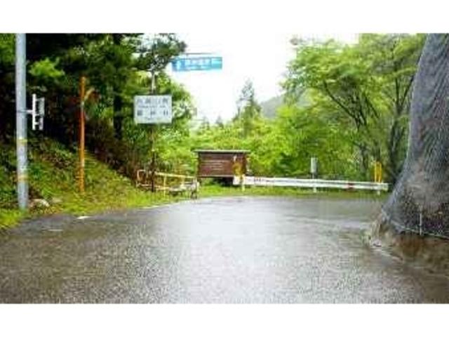 ここが県境の峠_龍神温泉