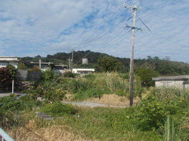 おぷゆう食堂付近から遠見台方向です_大神島