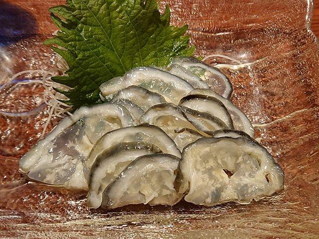 出された氷頭ナマス、コリコリの触感、コラーゲン豊富に含んでます_イヨボヤ会館