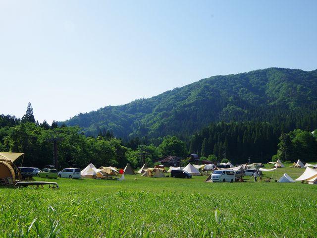 スキー場を利用したフリーキャンプサイト_ウッディパル余呉
